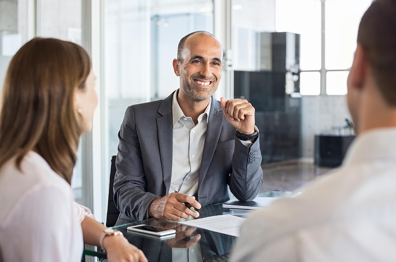 financial agent buyer personas